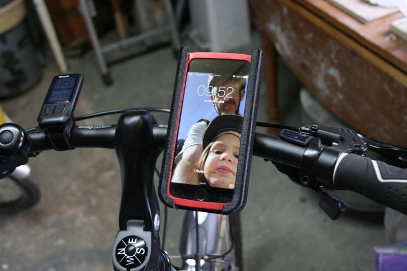 bike_iphone1