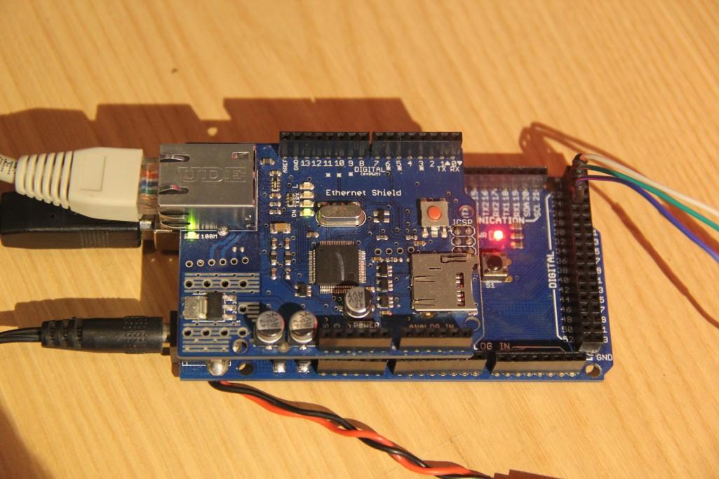 Arduino reset port série et moniteur ide les